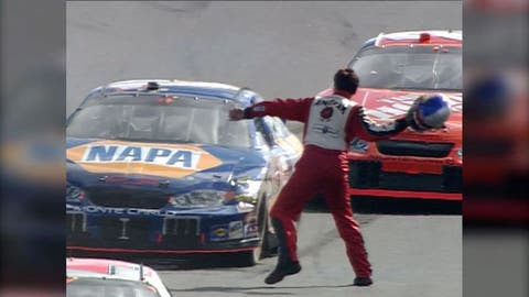 New Hampshire 2005 -- Michael Waltrip and Robby Gordon
