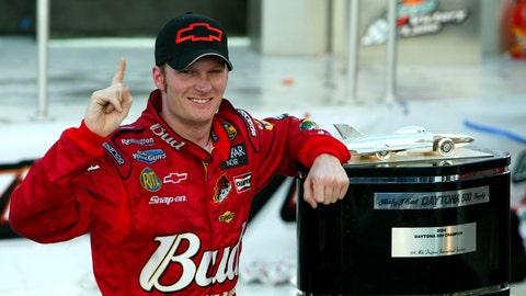 2004 Daytona 500: Junior achievement
