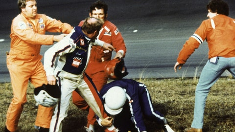 1979 Daytona 500: The gloves come off