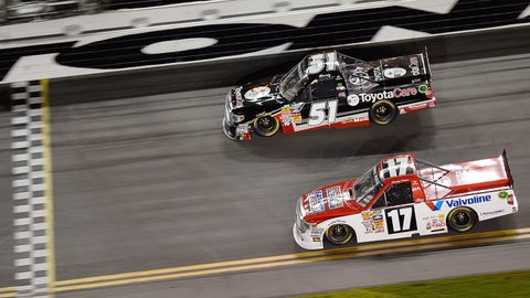 Truck Series racing at Daytona