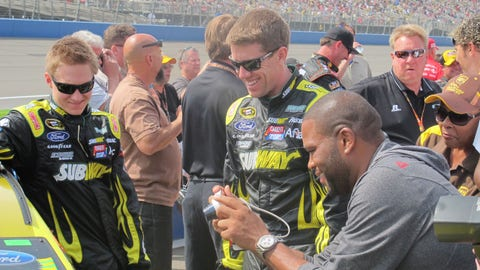 Pre-race in Fontana: Carl Edwards
