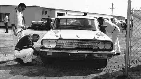 Fuel cell: 1964