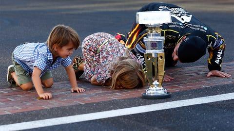 Celebrating 20 years of winning races with Jeff Gordon