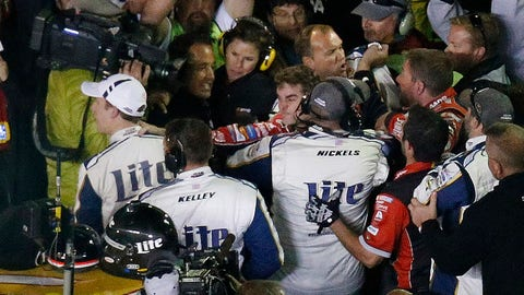 Jeff Gordon and Brad Keselowski fight in Texas