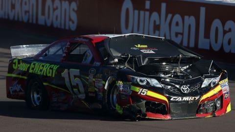 Photos: Fun in the sun at Phoenix International Raceway