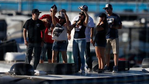 Photos: Fun in the sun at Phoenix International Raceway