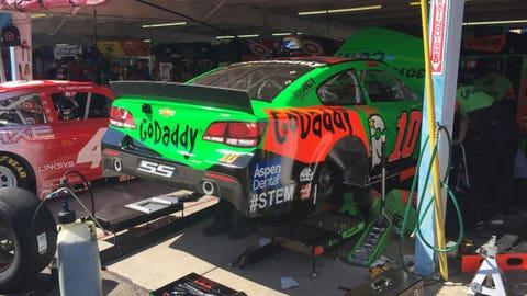 Friday garage pass: Phoenix International Raceway