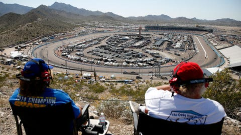 CampingWorld.com 500 at Phoenix International Raceway