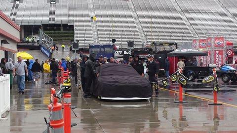 Sights & Sounds: A soggy Sunday at Bristol Motor Speedway