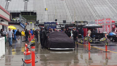 Sights & Sounds: A soggy Sunday at Bristol Motor Speedway