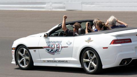 Photos: Jeff Gordon drives Indy 500 pace car