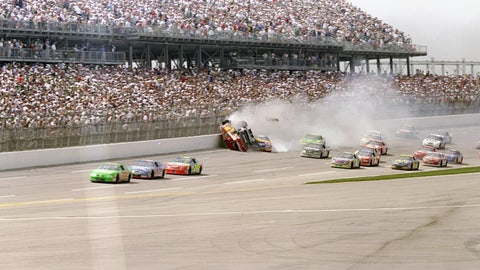 Bill Elliott and Dale Earnhardt: Talladega, 1998