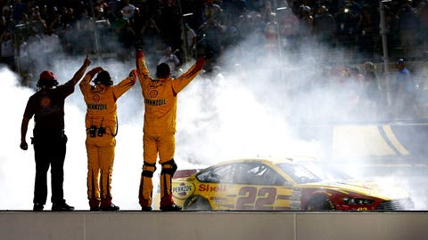 Joey Logano, Irwin Tools Night Race, Bristol Motor Speedway