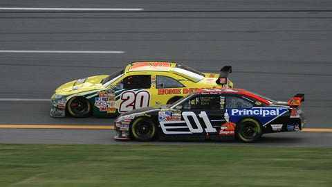 Regan Smith passes Tony Stewart at Talladega but gets DQ'd