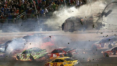 Austin Dillon's car flies into Daytona catchfence