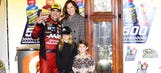 Gordon picks perfect time to claim another Martinsville clock