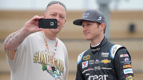 @kaseykahne, 557,000 followers