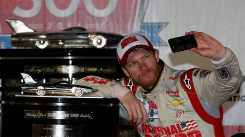 @DaleJr, 1,117,000 followers