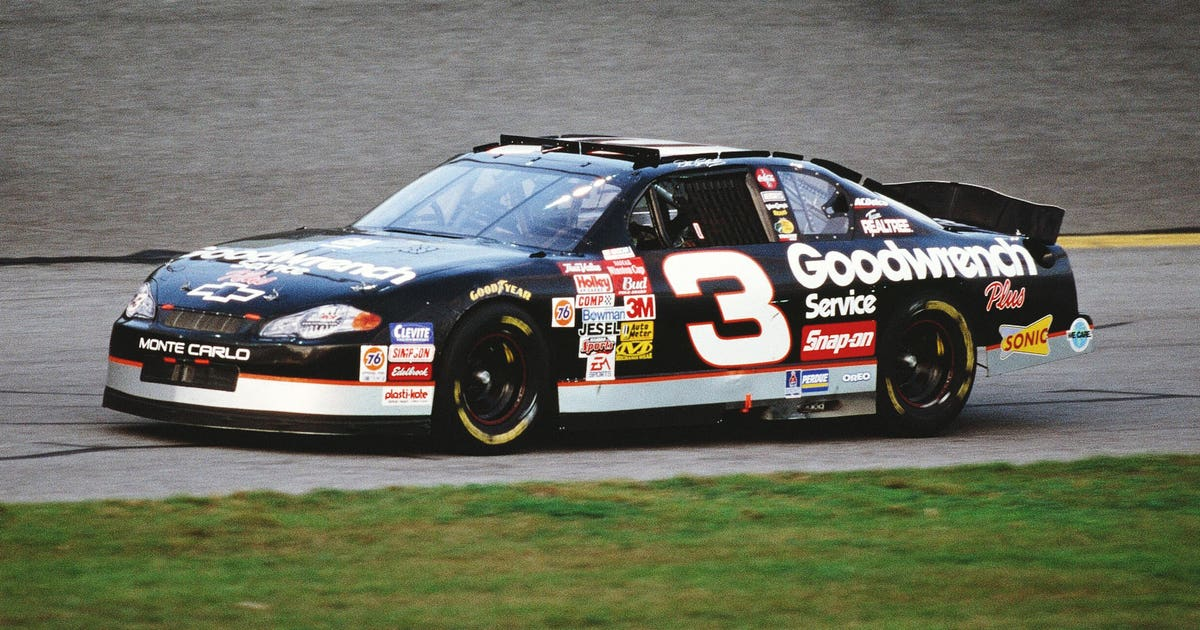 Nascar Community Remembers Dale Earnhardt 15 Years After