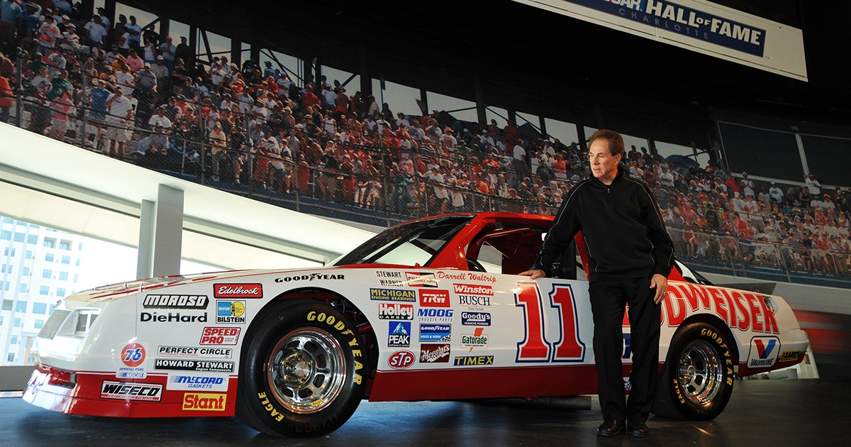 Nascar Hall Of Fame S Glory Road Gets A Makeover With 18