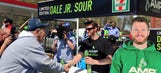 Dream come true: Fans thrilled to meet Dale Earnhardt Jr. at 7-Eleven