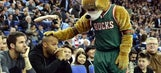 Bucks president threatens move to Vegas, Seattle