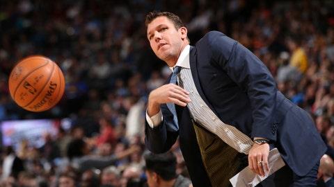 Coach of the Year: Luke Walton, Golden State Warriors