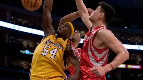 Kwame Brown brutalizes Mt. Ming
