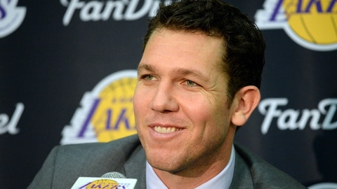 Luke Walton, Los Angeles Lakers: B