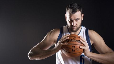 Andrew Bogut, C, Dallas Mavericks: Unrestricted
