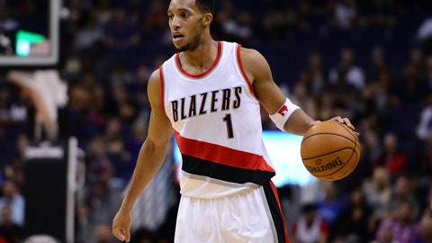 Portland Trail Blazers: A way to re-work Evan Turner's contract