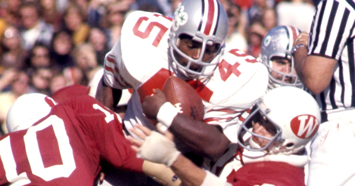 Check out Archie Griffin s awesome Halloween costume  994921927