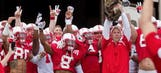 Bo Pelini brings cat to Nebraska spring game, Internet implodes