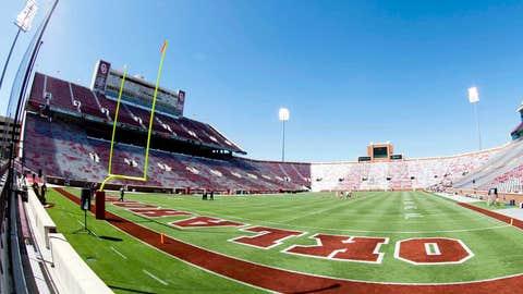 Gaylord Family Oklahoma Memorial Stadium -- Oklahoma