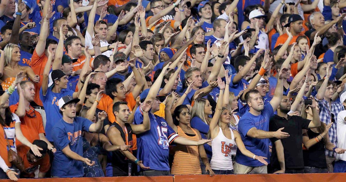 Florida Gators' Tom Petty Tribute: 90k Fans Sing 'I Won't ...