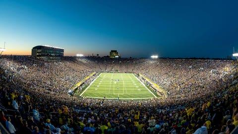 Notre Dame Fighting Irish, 98 weeks