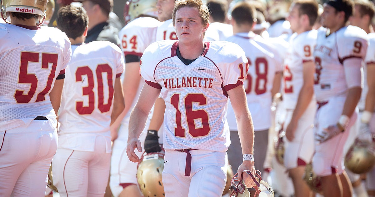 Willamette football player comes out as bisexual