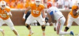 Tennessee OT Thomas arrested on felony theft charge