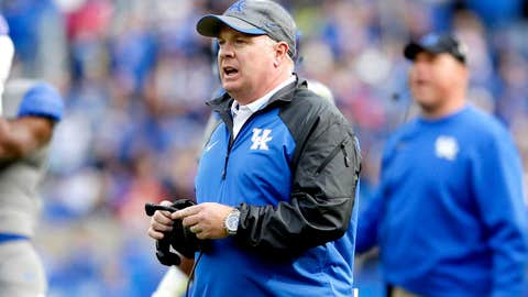 Mark Stoops, Kentucky: $2,701,600