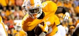 Alvin Kamara commits to another year on Rocky Top