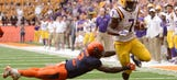 WATCH: Fournette comes to the rescue in amazing play vs. Syracuse