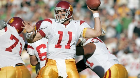 Leinart leads USC to split national title (2004)