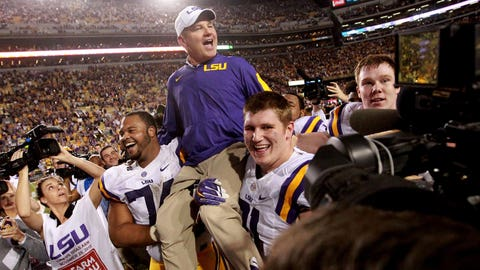 Nov. 28, 2015 -- Les gets more time at LSU