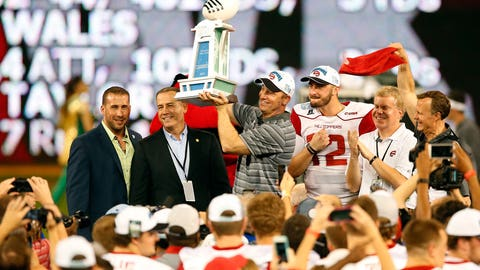 Miami Beach Bowl: Western Kentucky vs. USF