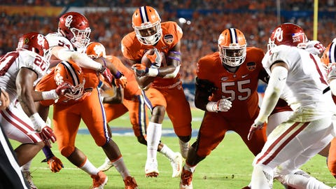 Clemson running back Wayne Gallman