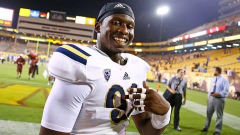 Takkarist McKinley, UCLA, DE