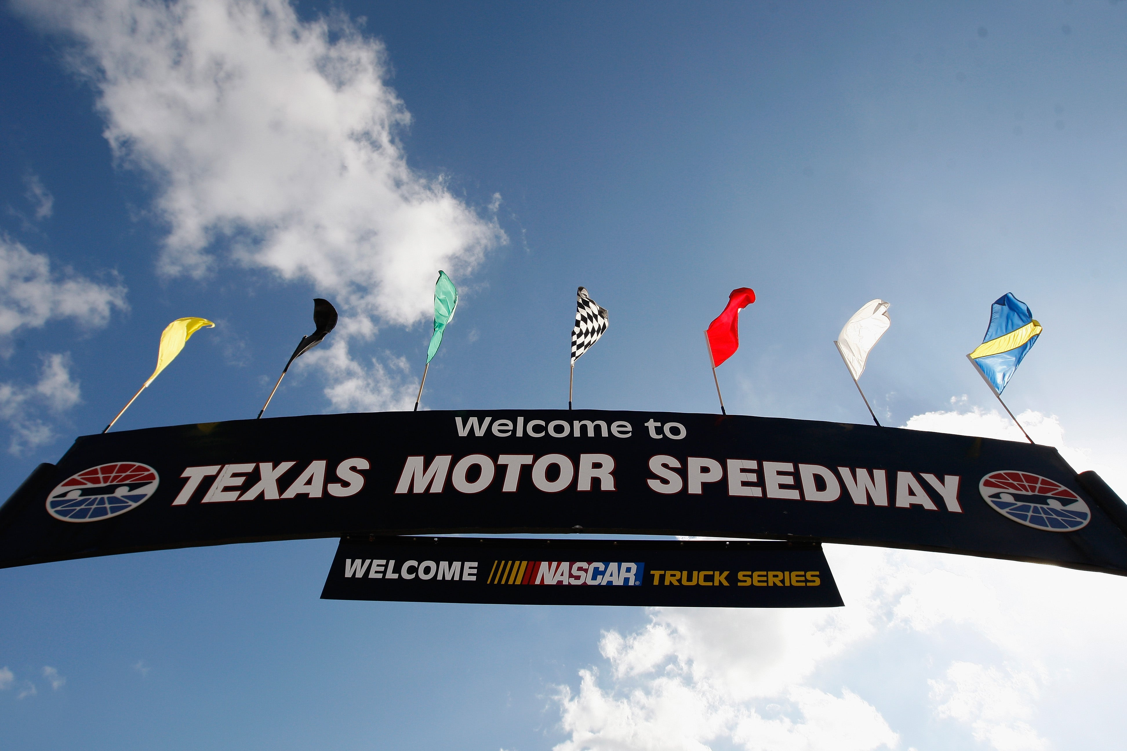 Texas Motor Speedway wants to host Texas-Texas A&M in front of 200k people | FOX Sports