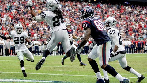 Raiders 28, Texans 23