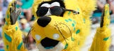 Mascot is a chip off the ol' block in taking down PGA star