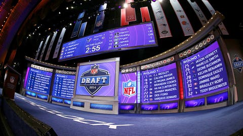 Top 10 Most Realistic Picks For The Cowboys At No. 27